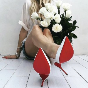 upcloseandstylish christian louboutin heels