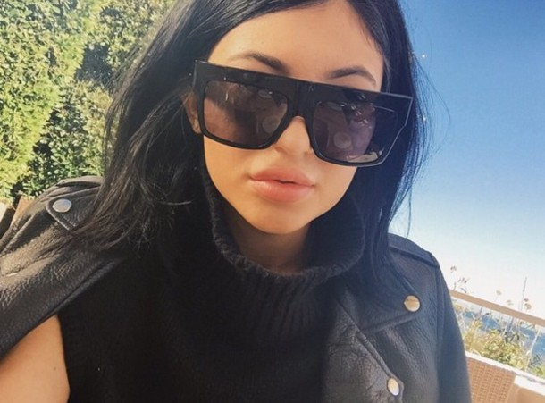 2bmqva-l-610x610-sunglasses-kylie+jenner+sunglasses+black+big-celine+black+square+kim+kardashian